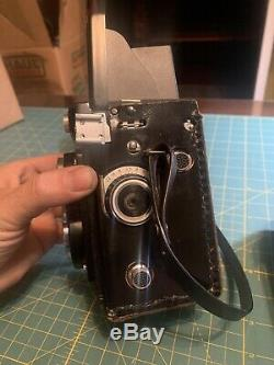 Gorgeous Vintage Yashica-Mat 124 G 6x6 TLR Medium Format Camera w Case, working