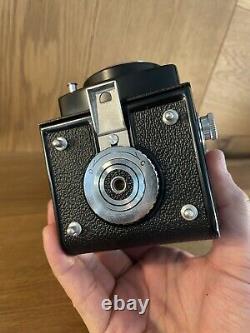 Near Mint READ Yashica Yashicaflex New B 6x6 TLR Film Camera 80mm F/3.5 / JP