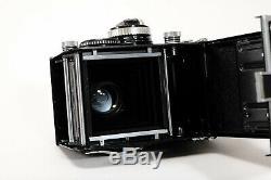 Rolleiflex 2.8f w Carl Zeiss Planar 80mm f2.8 Boxed w Leather Case-Exc+++