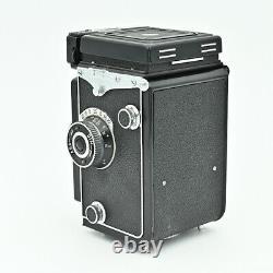 YashicaMat EM Twin Lens Reflex TLR 120 6x6 Film Camera