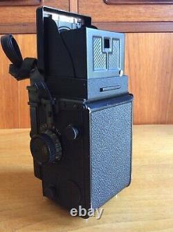 Yashicamat Yashica Mat 124G Twin Lens Reflex TLR 6x6 film camera